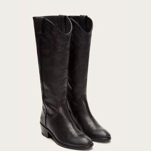 Frye Carson boot